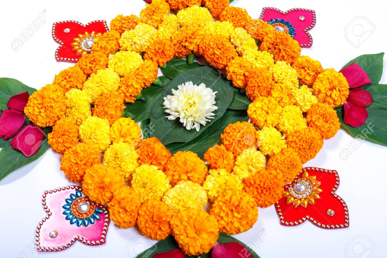 Beautiful Flower Combos & Sweets for Online Diwali Gift 1